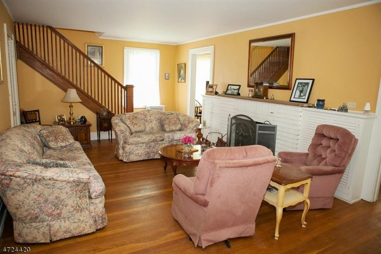 1138 Gresham Rd, Plainfield, NJ - USA (photo 2)