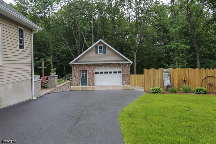 864 Greenville Rd, Wantage Twp, NJ - USA (photo 3)