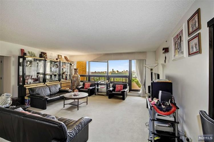 800 Palisade Ave 601, Fort Lee, NJ - USA (photo 4)
