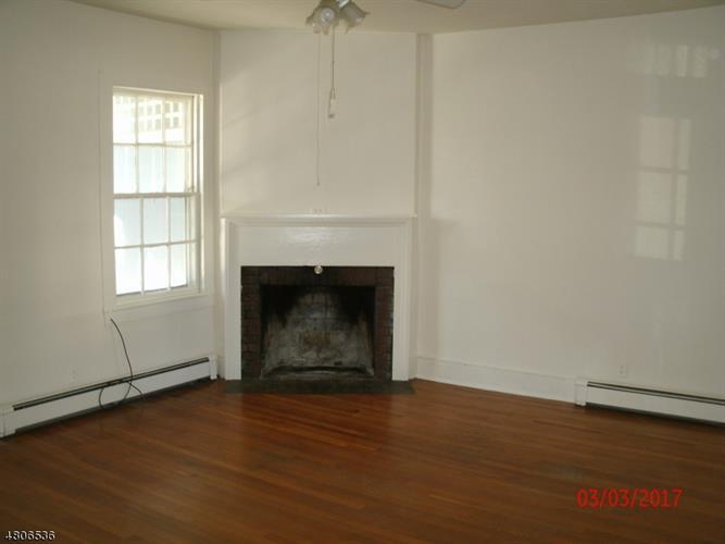 504 Third Street 504, Belvidere, NJ - USA (photo 5)
