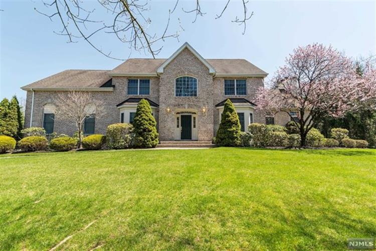 2 Longview Court, Old Tappan, NJ - USA (photo 1)