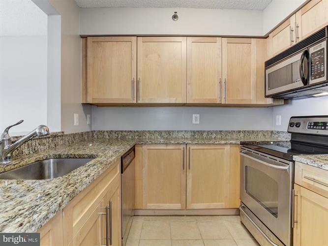 10101 Grosvenor Place 1310, North Bethesda, MD - USA (photo 5)