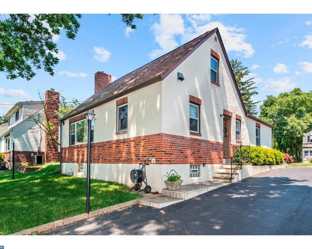 741 Amosland Rd, Morton, PA - USA (photo 2)