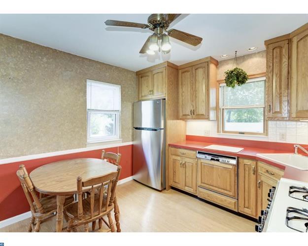 741 Amosland Rd, Morton, PA - USA (photo 5)