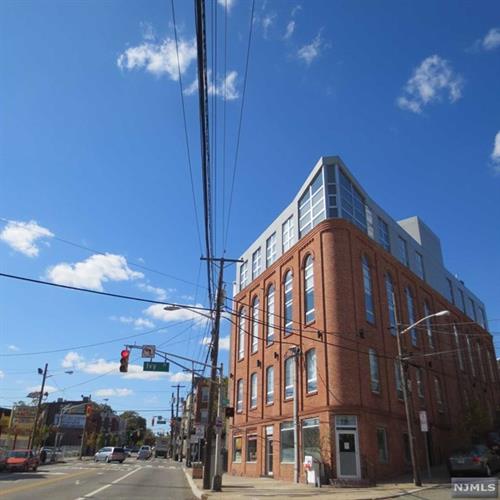704 Grand Street, Unit #10 10, Jersey City, NJ - USA (photo 1)