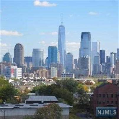 704 Grand Street, Unit #10 10, Jersey City, NJ - USA (photo 2)