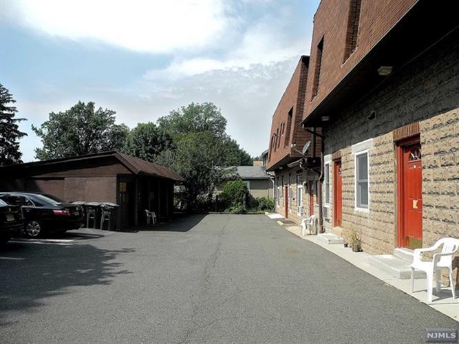 225 W Madison Ave 223 C, Dumont, NJ - USA (photo 4)