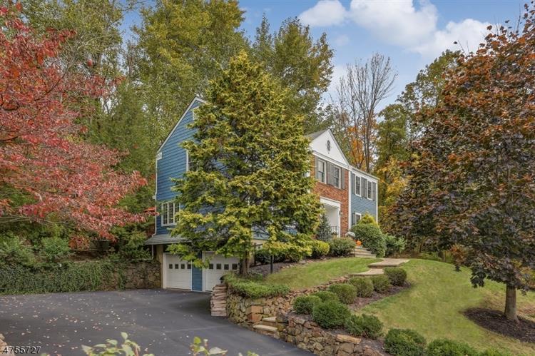 44 Cottage Pl, Gillette, NJ - USA (photo 2)