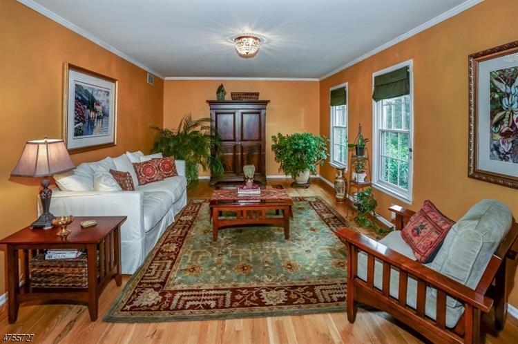 44 Cottage Pl, Gillette, NJ - USA (photo 4)