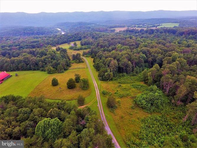 Young Road, Rileyville, VA - USA (photo 2)