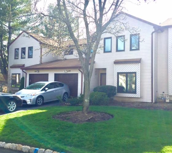 125 Tangerine Dr, Marlboro, NJ - USA (photo 1)