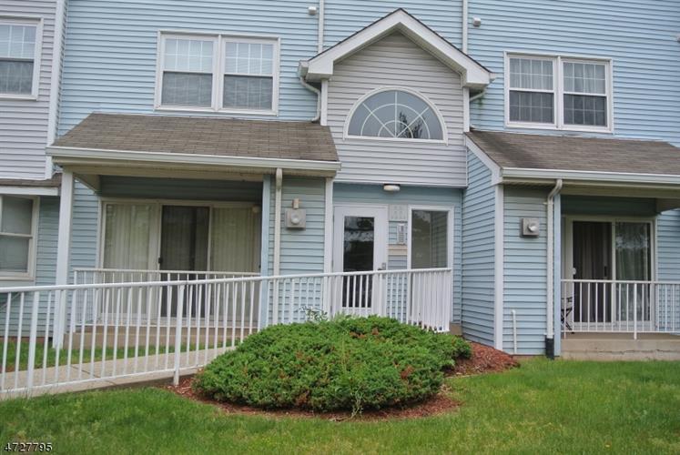 324 Edpas Rd 324, New Brunswick, NJ - USA (photo 1)