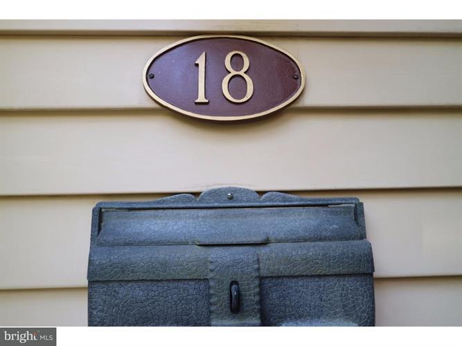 18 Bennington Place, Newtown, PA - USA (photo 2)
