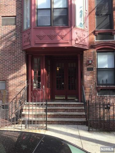 101 Willow Avenue, Unit #3f 3f, Hoboken, NJ - USA (photo 1)
