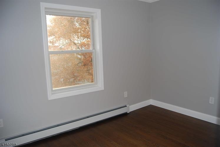 136 E Pierrepont Ave, Rutherford, NJ - USA (photo 3)