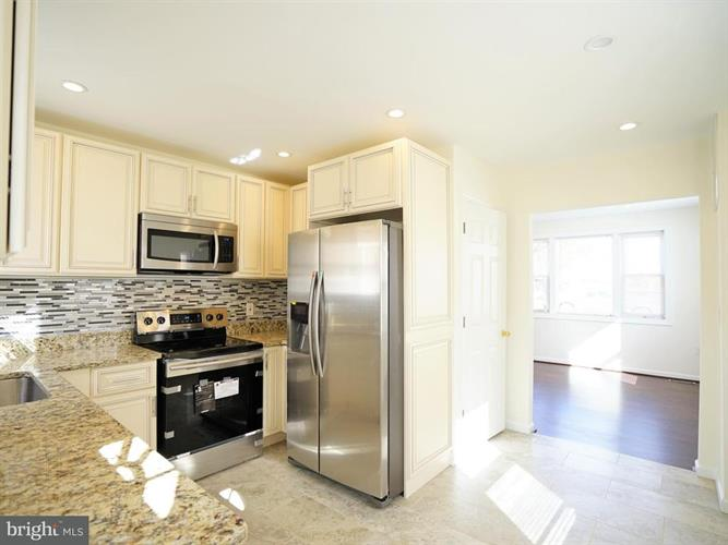 3407 Navy Day Drive, Suitland, MD - USA (photo 3)