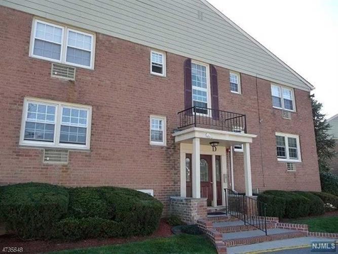 605 Grove Street, Unit #d- D-7, Clifton, NJ - USA (photo 1)
