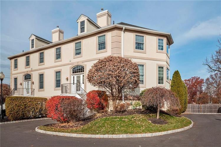 5 Sevell Circle, Clark, NJ - USA (photo 1)