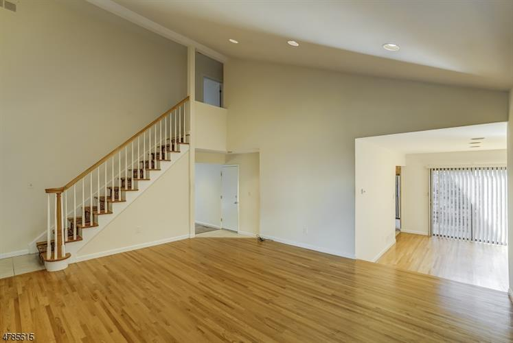 250 Ridgedale Avenue T-4 4, Florham Park, NJ - USA (photo 5)