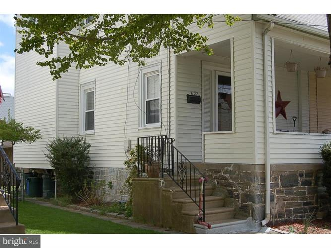 1127 Roosevelt Drive, Upper Darby, PA - USA (photo 2)