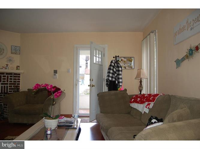 1127 Roosevelt Drive, Upper Darby, PA - USA (photo 5)
