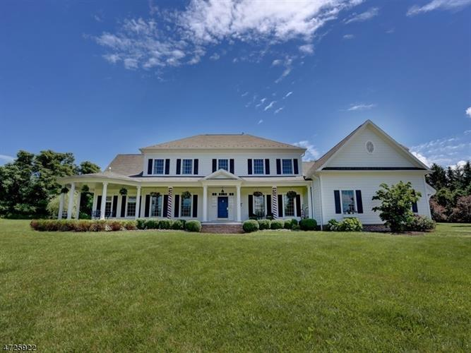 40 Pickle Road, Township Of Washington, NJ - USA (photo 1)