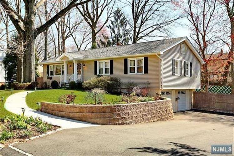 485 Monroe Ave, Township Of Washington, NJ - USA (photo 1)