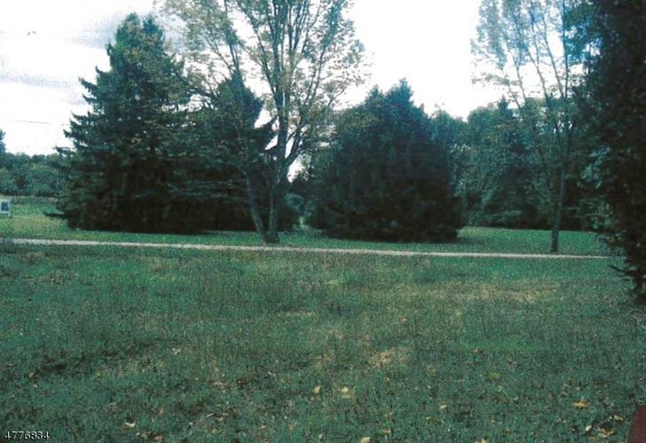 408-412 State Hwy 206, Fredon, NJ - USA (photo 2)