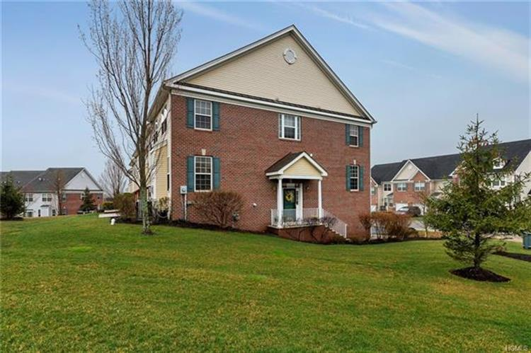 202 Balsam Drive, New Windsor, NY - USA (photo 1)