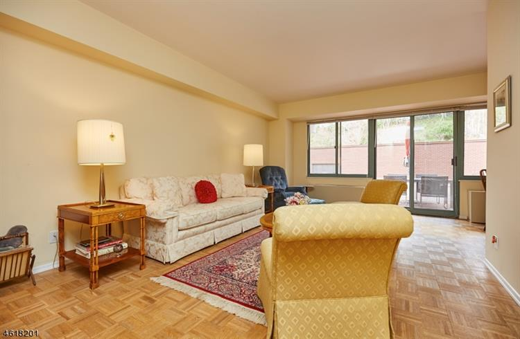 609 S Orange Ave 2c, Maplewood, NJ - USA (photo 3)