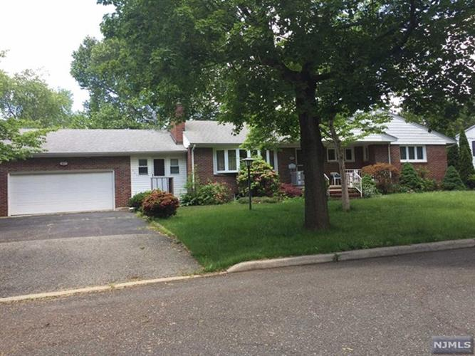 437 Terhune Ave, Paramus, NJ - USA (photo 1)