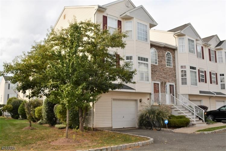 1727 Essex St, Unit 305, Rahway, NJ - USA (photo 3)