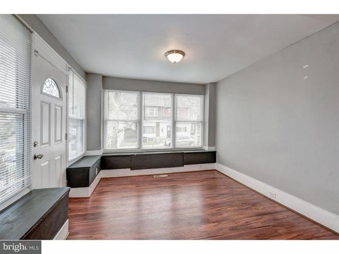 1438 W Nedro Avenue, Philadelphia, PA - USA (photo 4)