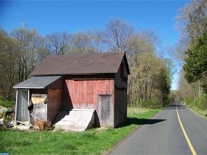 1340 Birch Rd, Upper Black Eddy, PA - USA (photo 2)