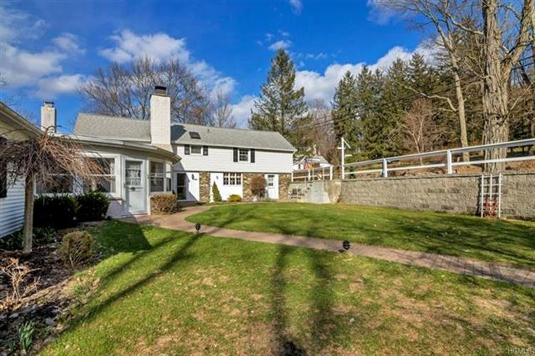 203 East Hook Road, Hopewell Junction, NY - USA (photo 3)