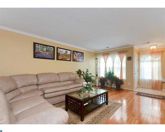 17 Windsong Cir, East Brunswick, NJ - USA (photo 3)