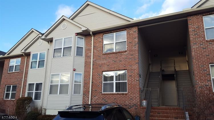 4 Ruby Ln, East Hanover, NJ - USA (photo 1)