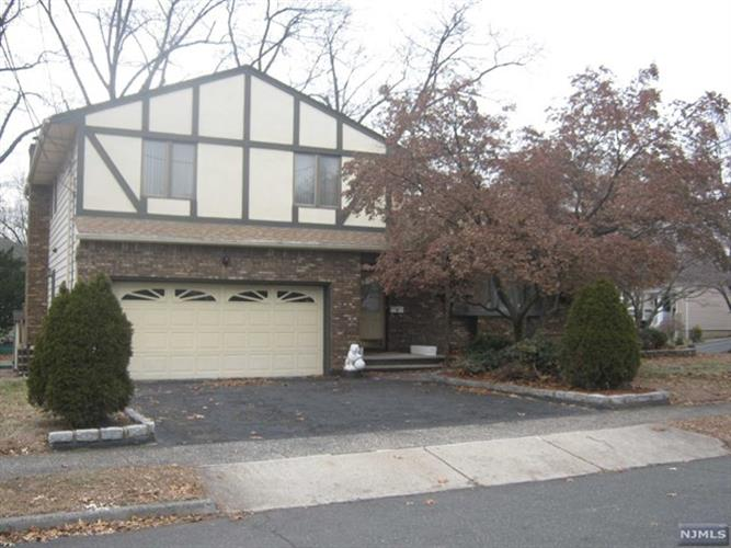 81 Hastings Avenue, Nutley, NJ - USA (photo 1)