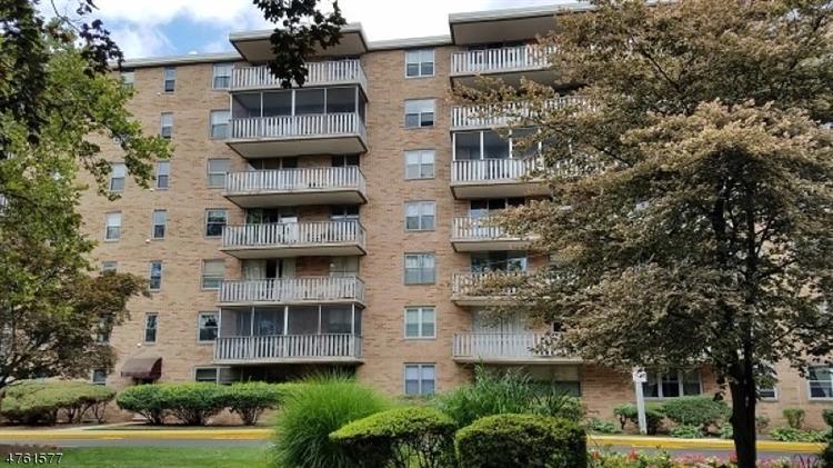 530 Valley Rd, C007e E, Montclair, NJ - USA (photo 1)