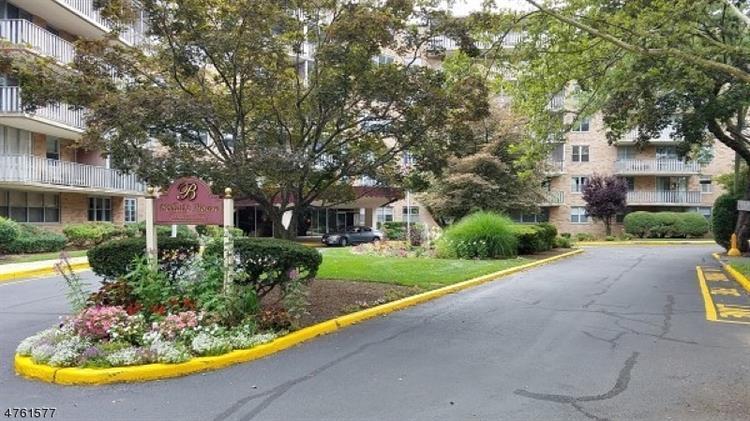 530 Valley Rd, C007e E, Montclair, NJ - USA (photo 2)