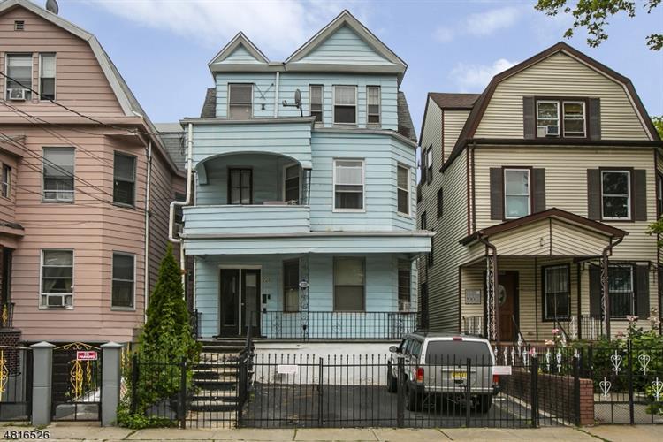 226 N 9th St, Newark, NJ - USA (photo 1)