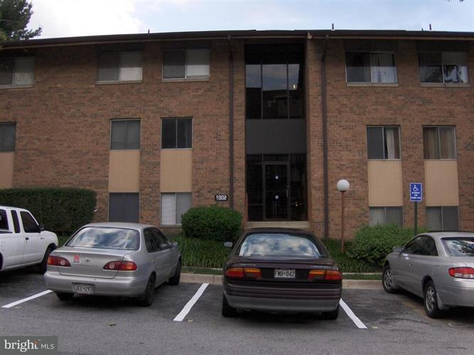 9802 Walker House Road 3, Montgomery Village, MD - USA (photo 1)