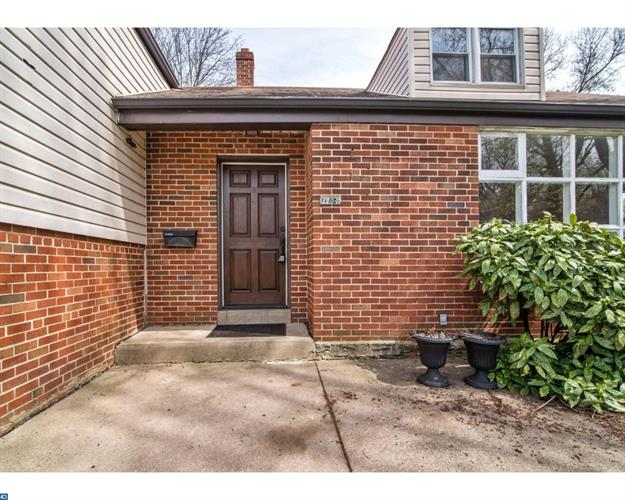 1704 E Willow Grove Ave, Glenside, PA - USA (photo 2)