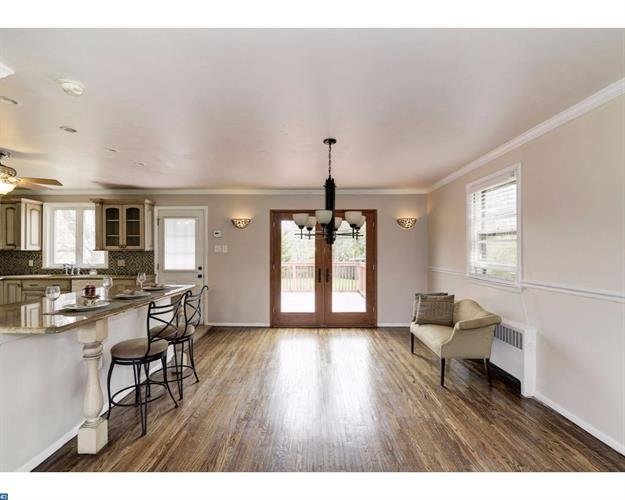 1704 E Willow Grove Ave, Glenside, PA - USA (photo 4)