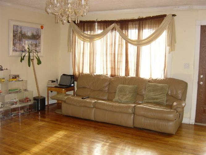 235 Maple Ave, Pompton Lakes, NJ - USA (photo 3)