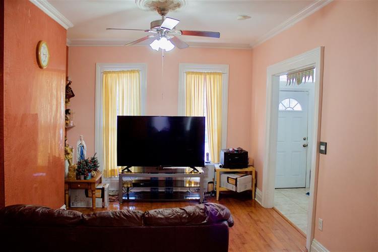 168 Belmont Ave, Jersey City, NJ - USA (photo 3)