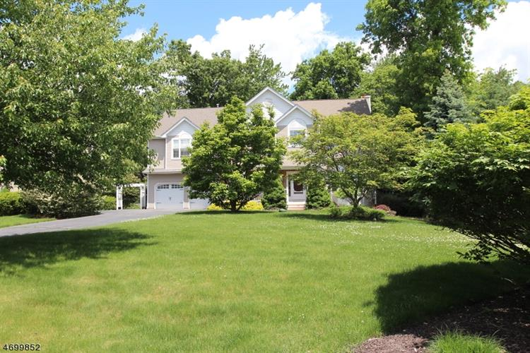10 Anna Rose Ct, Bloomingdale, NJ - USA (photo 2)