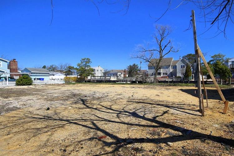 322 Silver Bay Road, Toms River, NJ - USA (photo 3)