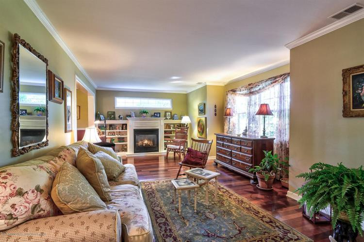 51 Glendale Drive, Freehold, NJ - USA (photo 2)