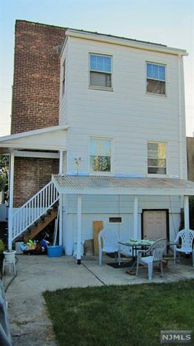 233 Lakeview Avenue, Clifton, NJ - USA (photo 2)